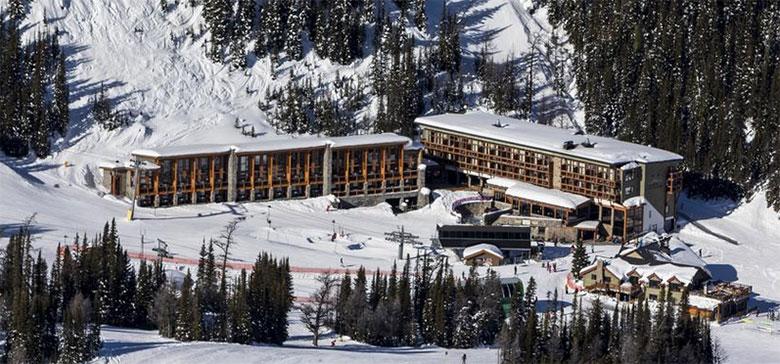 ski in ski out lodging, sunshine mountain lodge